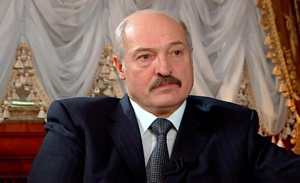 """Лукашенко запретил использовать российскую модель высшего образования из-за ее """"неэффективности"""""""