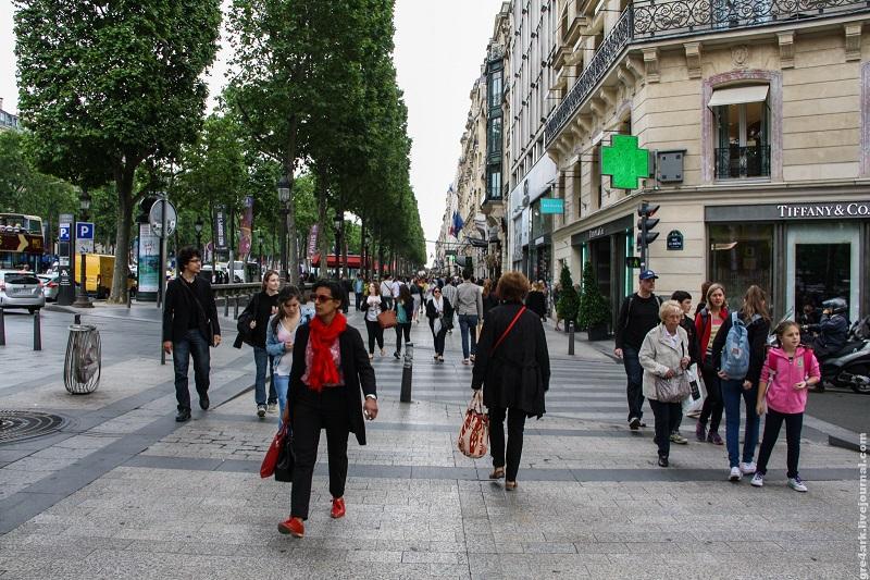 Картинки по запроÑу Лондон Ñокращает проезжую чаÑÑ'ÑŒ в пользу пешеходов