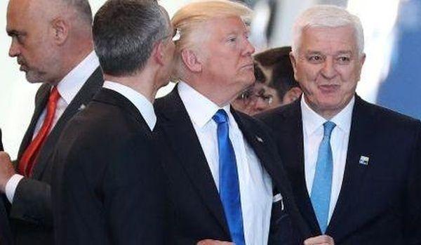 Белый дом объяснил инцидент сТрампом ипремьером Черногории