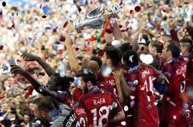 УЕФА назвал пятерку лучших м…