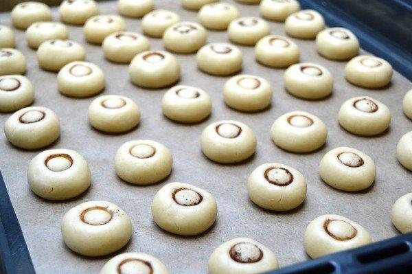 """Оригинальный рецепт ароматного печенья с добавлением крахмала """"Грибочки"""""""
