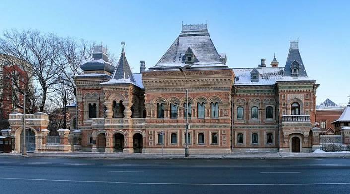 «Пряничный домик» на Якиманке и его хозяин Николай Игумнов