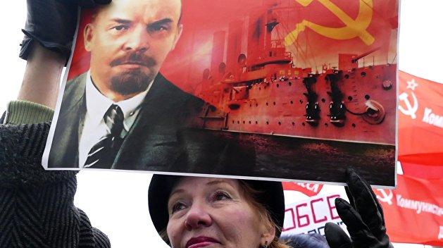 От благодарного большевикам хохла (не укропа):  7 ноября - день создания Украины