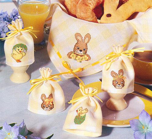 Вышивка зайцы