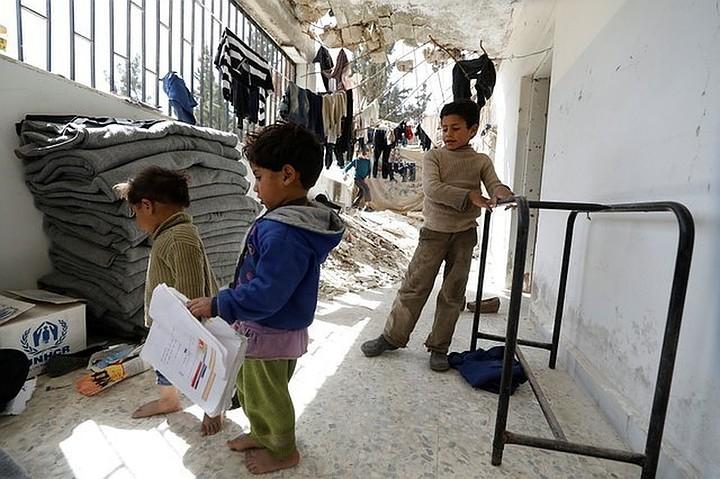 Российские военные доставили в Сирию две тонны продовольствия