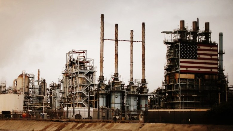 Данные по запасам нефти в СШ…