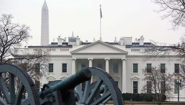 Белый дом обвинил СМИ в созд…