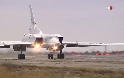 Российские Ту-22М3 атаковали объекты ИГ в провинции Дейр-эз-Зор в Сирии