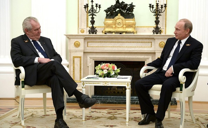 """Президент Чехии """"признался"""", что он агент Израиля и Путина"""