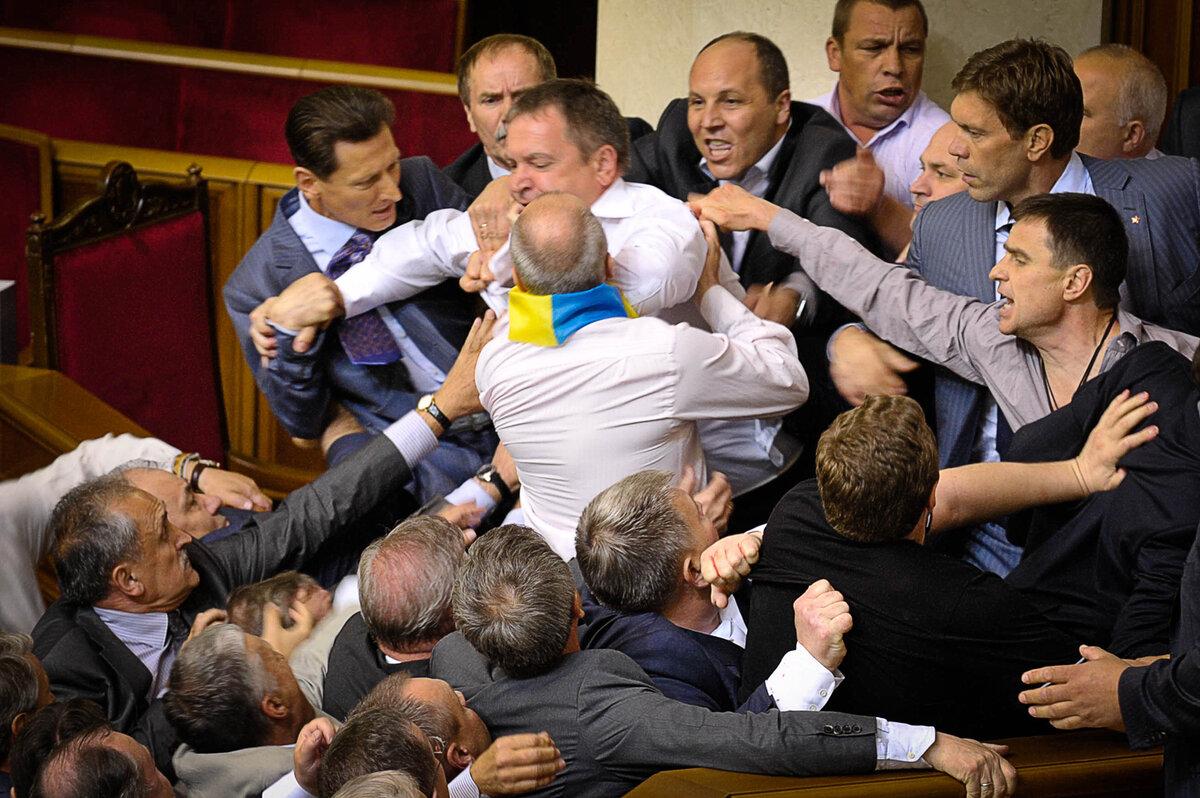 Киев бьется в истерике. Слов…