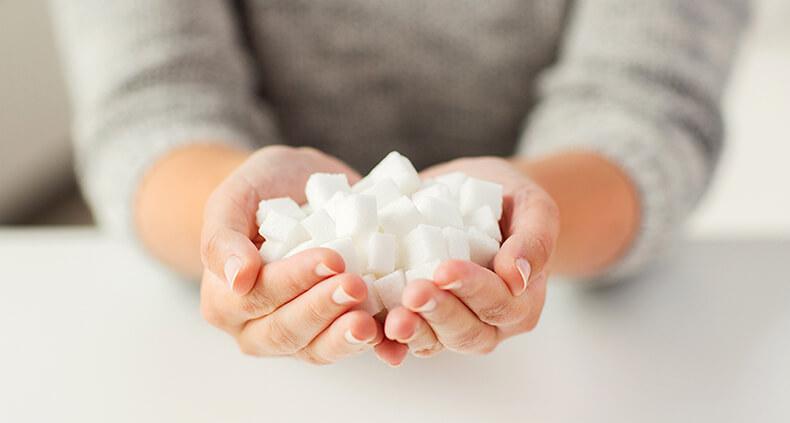 В рационе слишком большое количество сахара? Вот 7 предупреждающих симптомов
