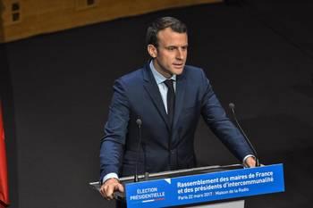 Социологи назвали победителя первого тура президентских выборов во Франции