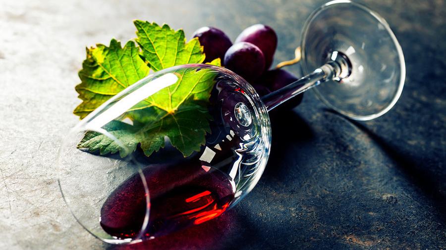 Почему дорожает вино? Как правильно закрыть кредитную карту? И на что жить в старости?