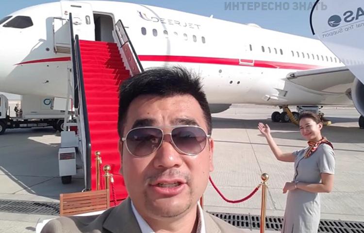 Этот блогер показал салон самого большого частного самолета. Теперь даже бизнес-класс покажется вам плацкартом