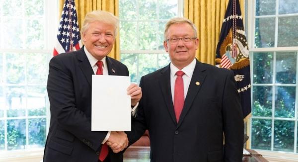 Посол Эстонии вСША засвидетельствовал преданность Таллина Вашингтону
