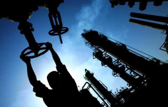 Нефть рухнула после выхода данных по запасам в США