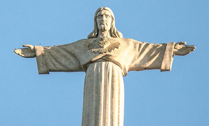 Иисус в Лиссабоне.