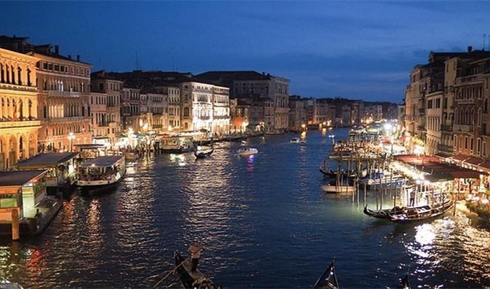Плутоватая Венеция.