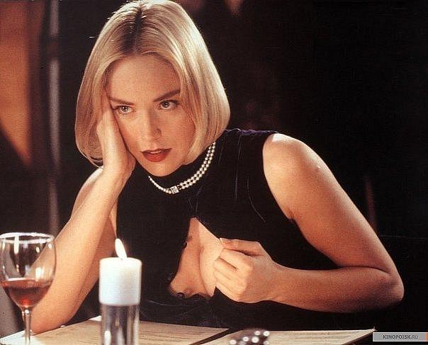 Как менялась звезда эротических триллеров 90-ых Шэрон Стоун с течением времени.