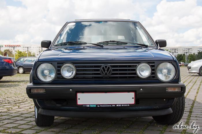 """Круче новых """"бюджеток"""": 25-летний Golf II и его превращение в современный автомобиль"""