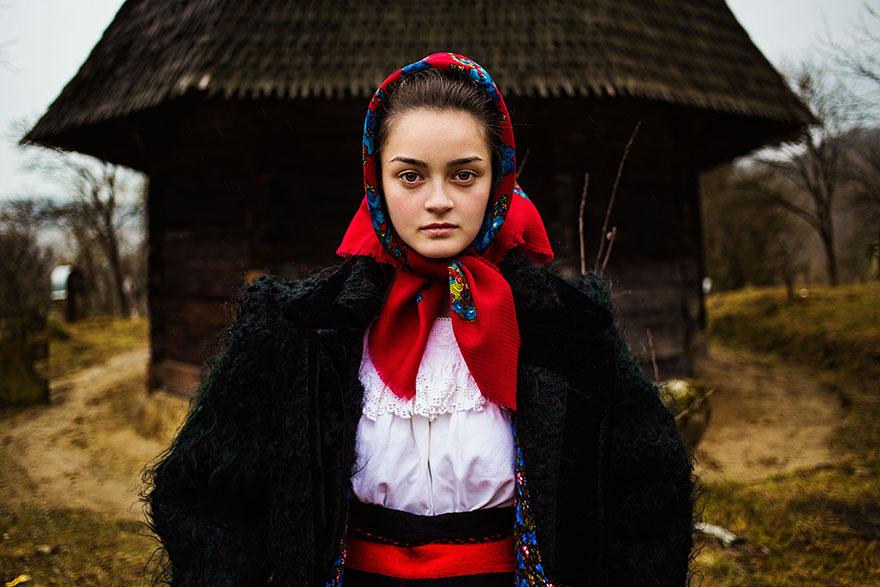 портреты женщин разных стран мира