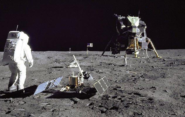 10 странных аномалий и загадок Луны