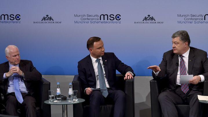 СМИ: Выступление Порошенко в Мюнхене превратилось в катастрофу