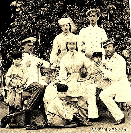 Grand_Duke_Konstantine_Nikolaievich_and_his_family