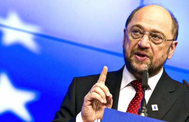 Выборы в Германии: Мартин Шульц догнал по популярности Ангелу Меркель