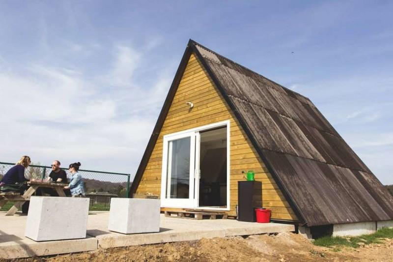 Уютный дом-шалаш в Бельгии