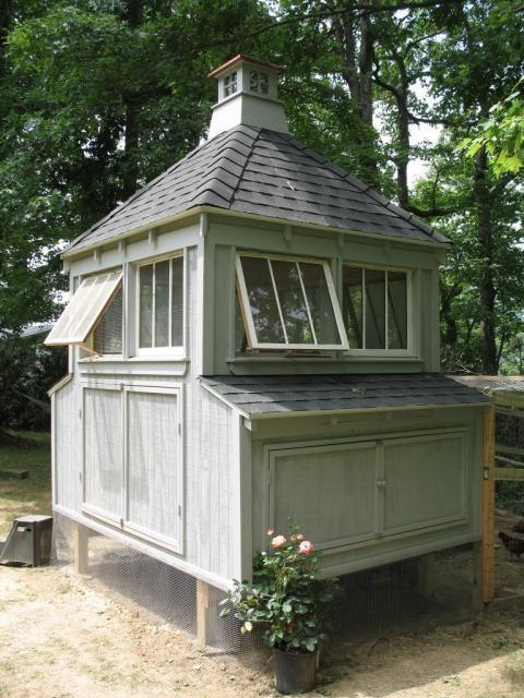 Красивые домики... для кур