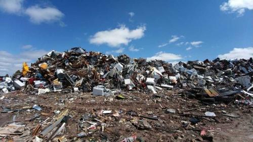 Условия труда на мусорном по…
