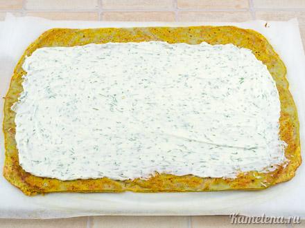 Морковный рулет со сливочным сыром — 10 шаг