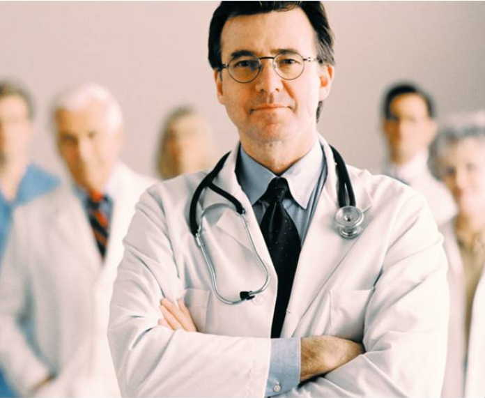 Гипертония и повышенная масса тела — частые причины рака груди. Самый опасный возраст — до 30 и после 60 лет