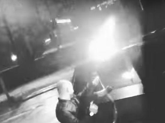 Пока полиция ищет стрелявших из автомата в центре Москвы, появилось новое видео мажоров