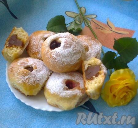 Надеюсь вам понравится рецепт этих булочек-роз из дрожжевого теста, а вид их и вкус приятно удивят!!!