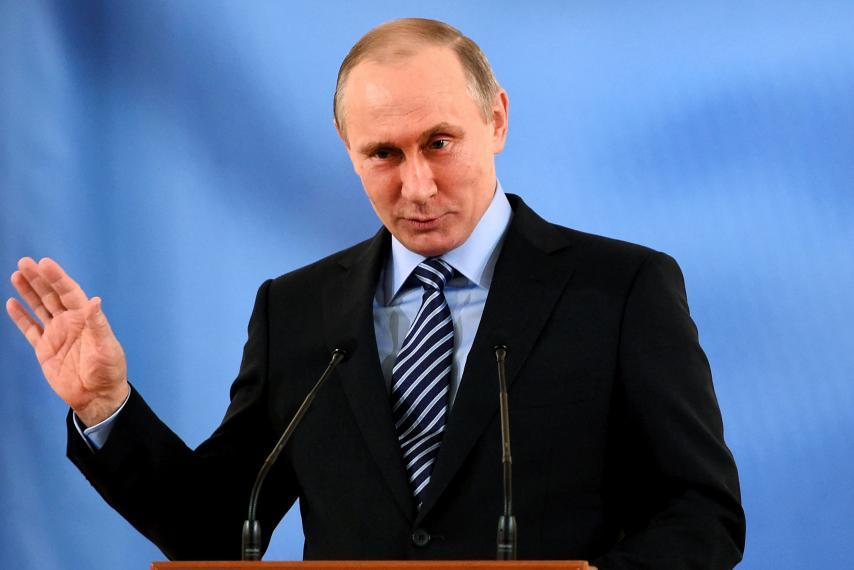 "Почему Владимир Путин не ""рвёт с места""?"