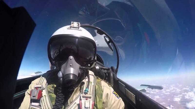 СМИ сообщили о массовом уходе лётчиков из ВКС РФ