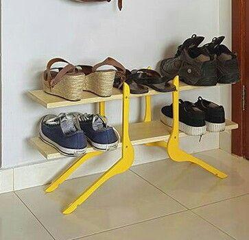 Полка для обуви из вешалок плечиков (мастер-класс)