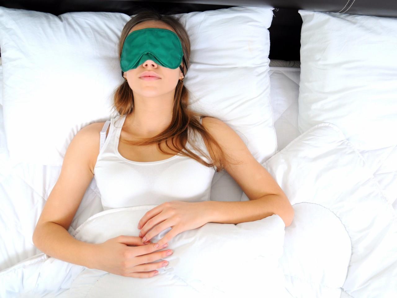 Как часто надо стирать постельное белье