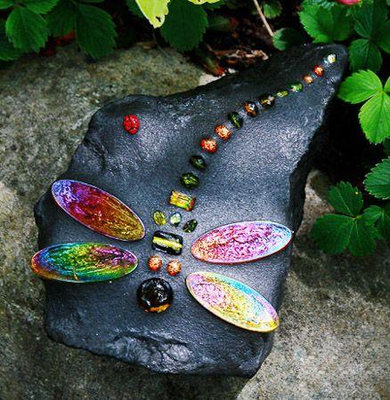 DIY - Mosaic dragonfly: