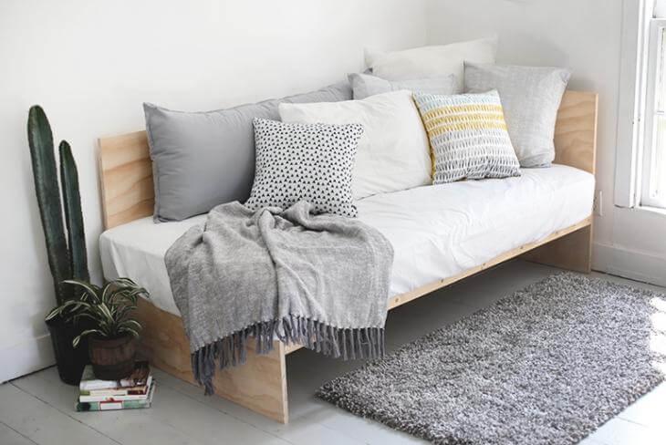 Стильный диван, который вы сделаете за 1 день!
