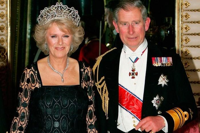 Какие драгоценности носит Камилла, герцогиня Корнуольская, и счастливая супруга принца Чарльза