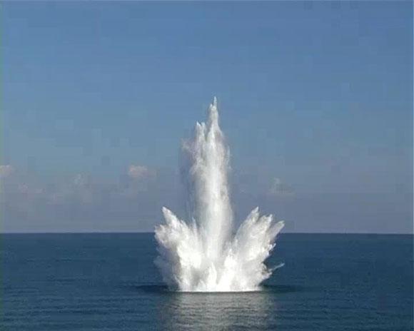 Аргентинскую подлодку ищут по взрыву