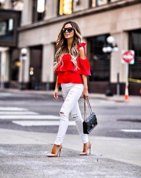 С чем носить красную рубашку: 15 образов для вдохновения