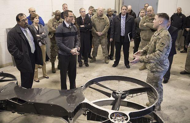 Жуткие летящие воины  из США :  Пентагон испытал  воздушный мотоцикл