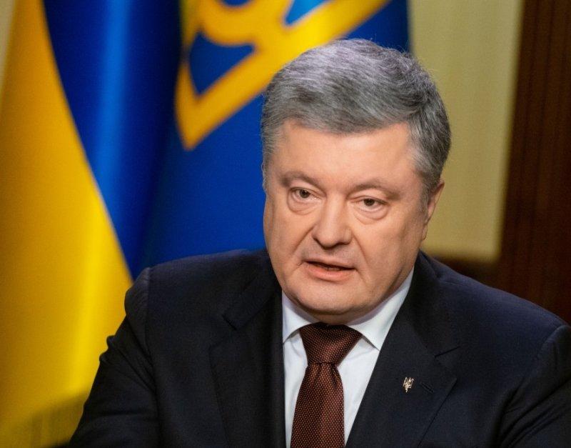 На украине рассказали, как Порошенко может остаться на второй срок