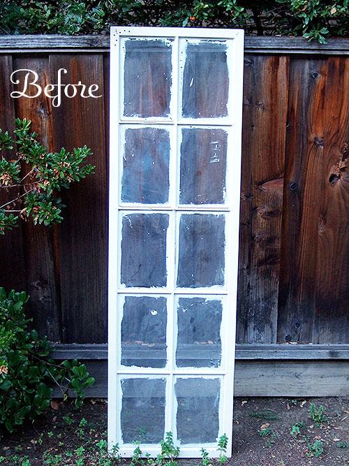 Декор своими руками: потрясающий напольный стенд-коллаж из старой оконной рамы
