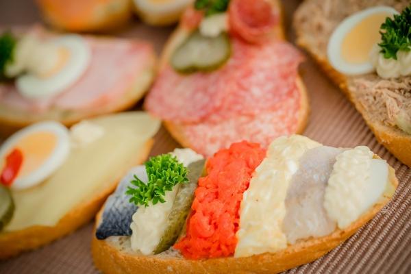 Как приготовить горячие бутерброды в духовке — быстро, вкусно, сытно