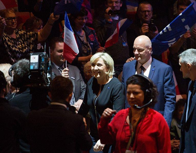 Bloomberg: Думаете, выборы в США были грязными? Посмотрите на Францию